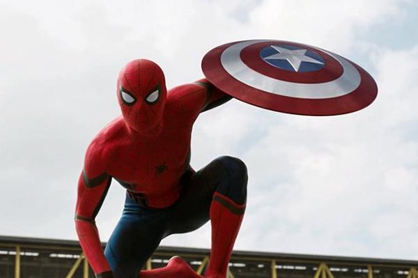 spiderman y capitán amércia