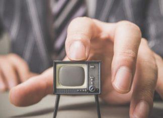 televisor en miniatura