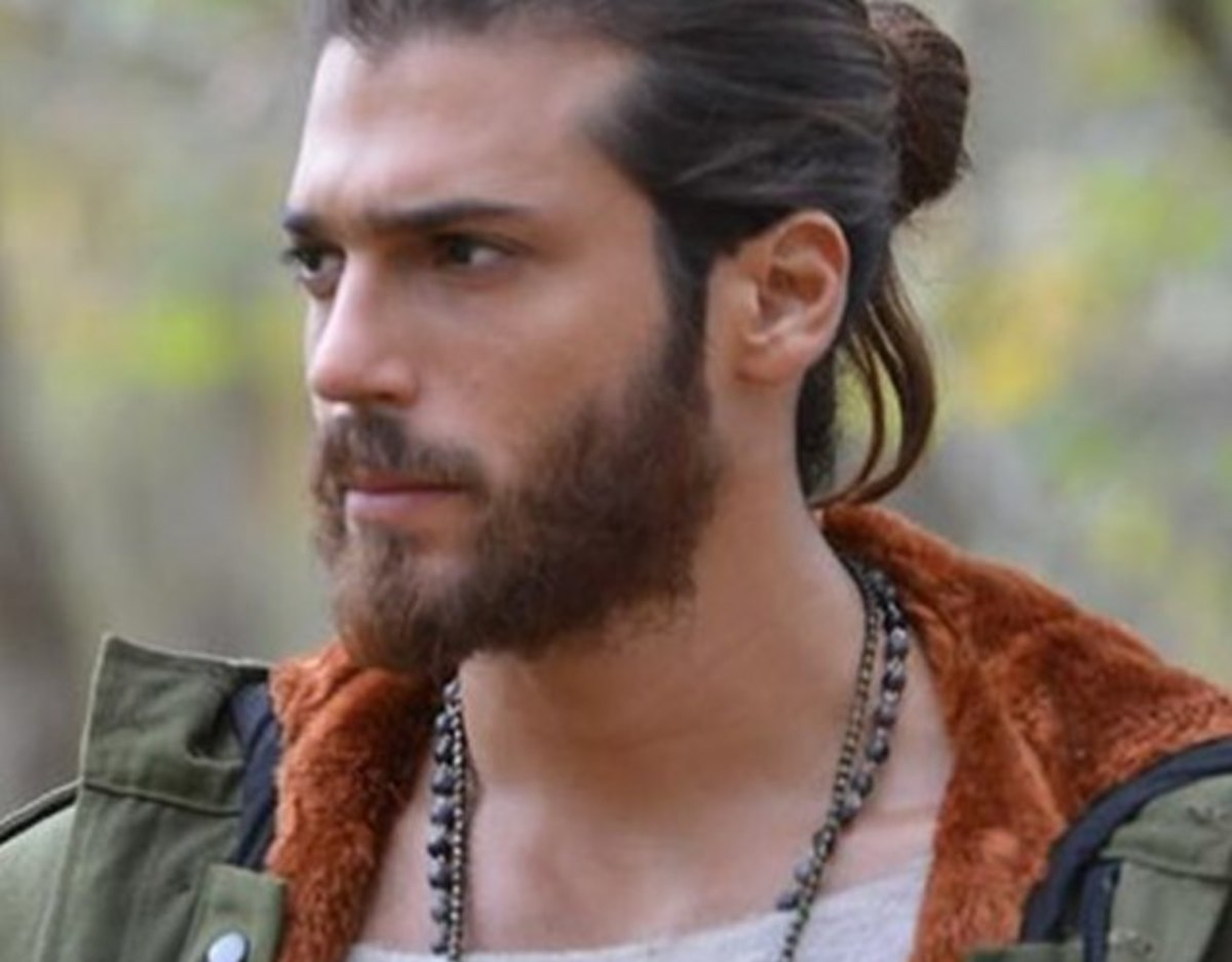 Can Yaman actor turco